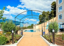 Фото 1 отеля Бартон Парк - Алушта, Крым