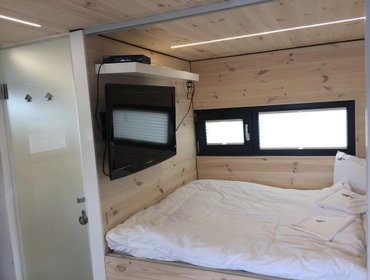 Гестхаус Hausboot HT 5 / Houseboats