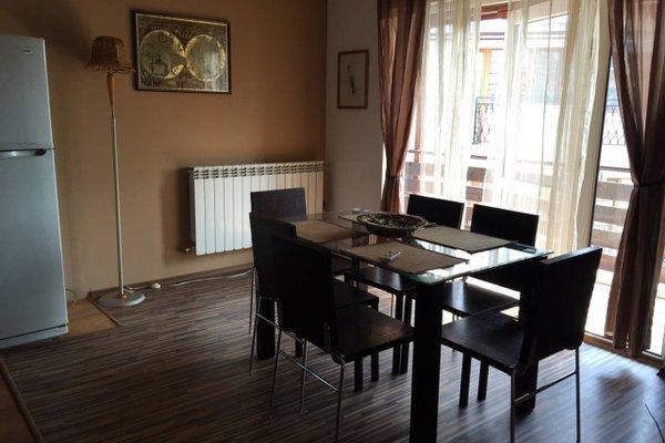 Trakia Street Apartment - фото 8