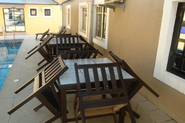 Suru Express Hotel GRA - фото 18