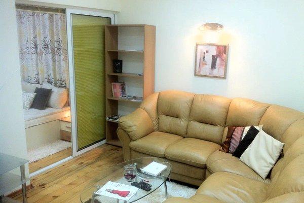 Gogol 2 BR Apartment - фото 4