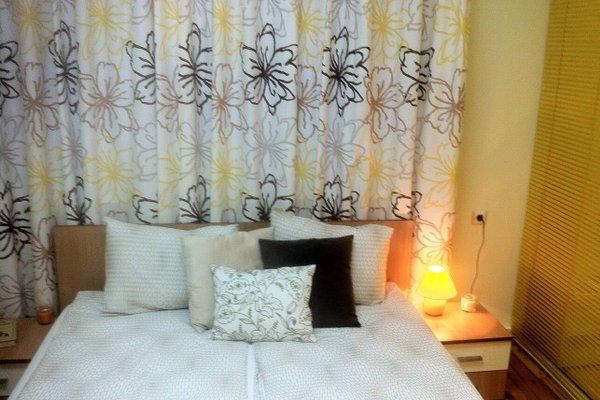 Gogol 2 BR Apartment - фото 5