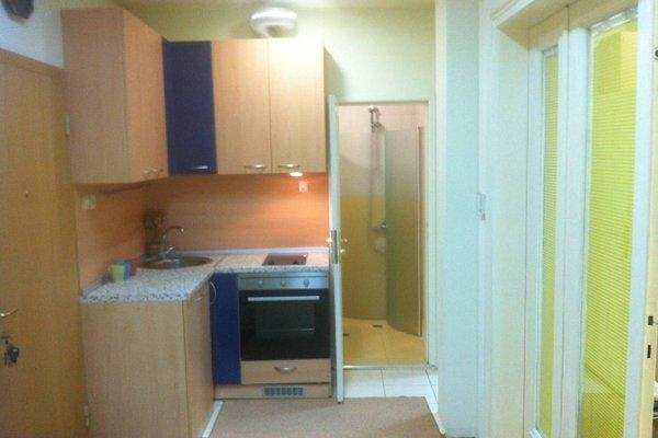 Gogol 2 BR Apartment - фото 9