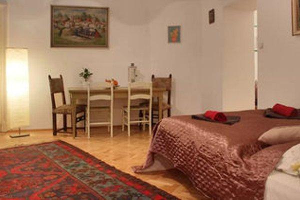 Bohemia Antique Apartment - фото 8
