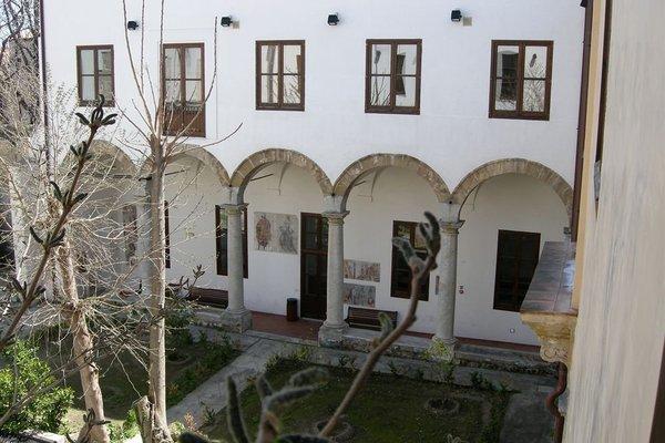 Student's Hostel San Saverio - фото 3
