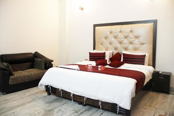 OYO Rooms Noida Sector 71 WP Block - фото 7
