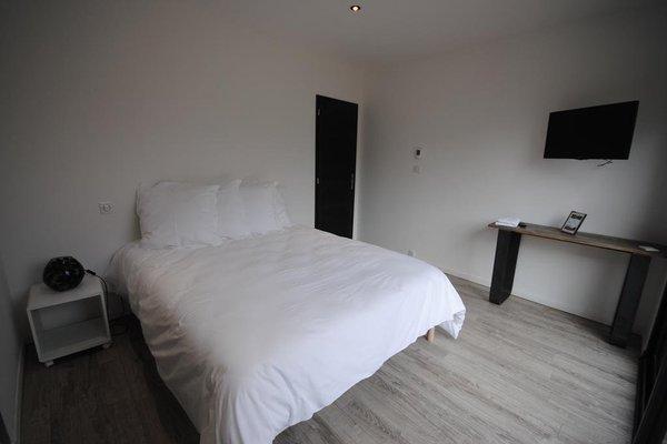 Chambres d'hotes Les Ecuries de La Source - фото 4