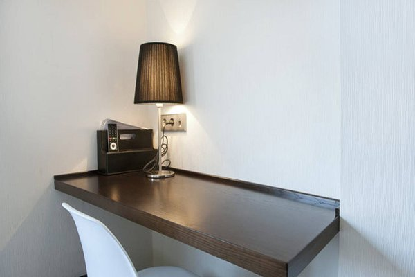 Barcelona Fifteen Luxury Hostel - фото 9