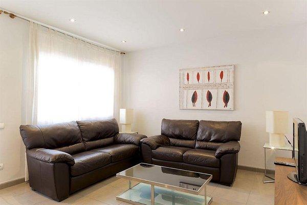 Ainb Diagonal Francesc Macia Apartments - фото 12