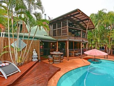 Гестхаус Our Bali House Absolute Beach Front