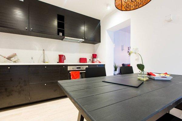 Cityzen Apartments Fine Arts - 11