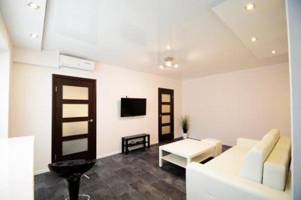 Апартаменты «Aparton Комаровский рынок» - 8