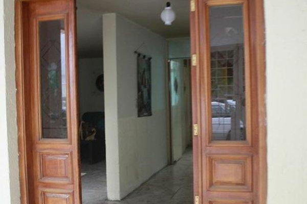 Agora Traveler House - 14