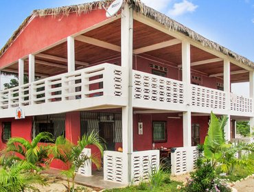 Apartments Seaside apartment in north-west Madagascar w/ garden & terrace - 100m from Amborovy Beach