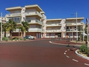 Апартаменты Rental Apartment CARIOCA - Canet-en-Roussillon, 1 bedroom, 3 persons