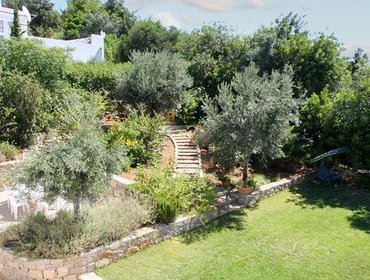 "Апартаменты ""Casa das Oliveiras"" - Spacious, modern Algarve house with 3 bedrooms, garden & private pool"