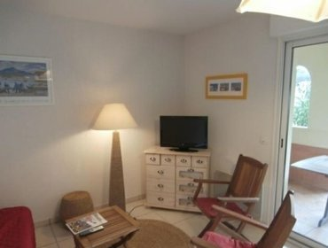 Apartments Rental Apartment Les couronnes - a 600m de la plage avec piscine collective  - Ciboure, 2 bedrooms, 6 persons
