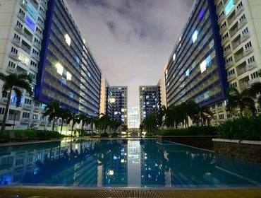 Апартаменты Delightful 1 Bedroom Apartment in Quezon City with Aircon, Pool, and Doorman