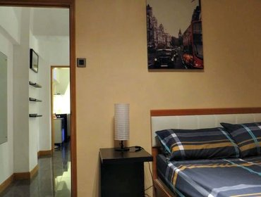 Апартаменты Well-appointed 2 Bedroom Apartment in Tsuen Wan, New Territories with Aircon and Doorman