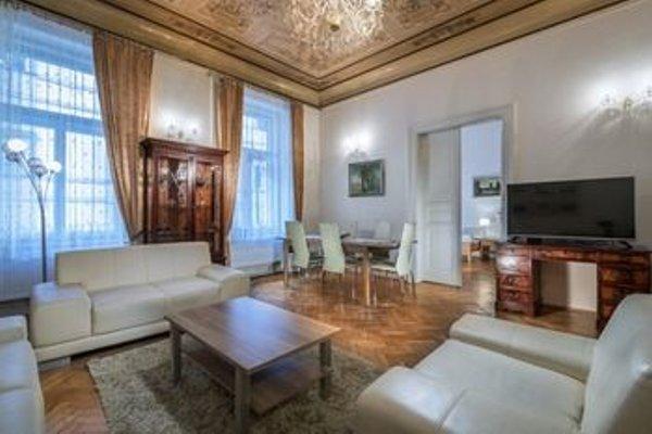 Czech Lofts Apartments - фото 9