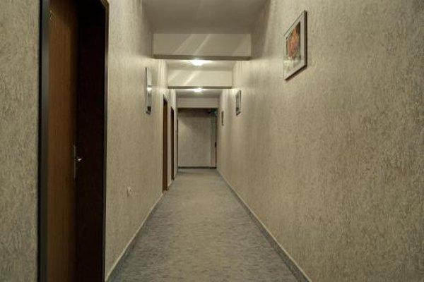 Neon Guest Rooms - фото 16