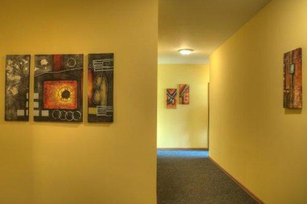 Neon Guest Rooms - фото 18