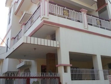 Apartments Varanasi Travellers' Homestay