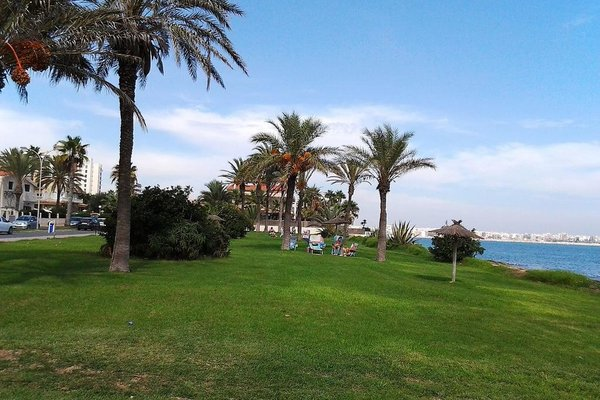 Two Bedroom Apartment near the sea - 4