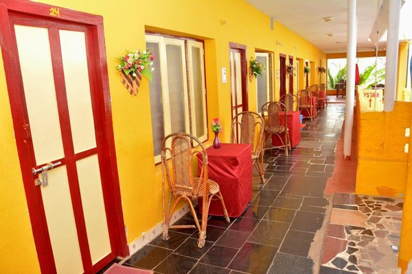 Rajalakshmi Guesthouse - фото 4