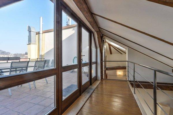 Amazing Charles Bridge Apartment - фото 14