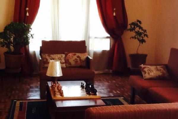 Fara's Guest House - фото 13