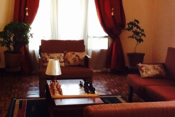 Fara's Guest House - фото 14