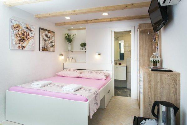 Lavender Garden Apartments - фото 50