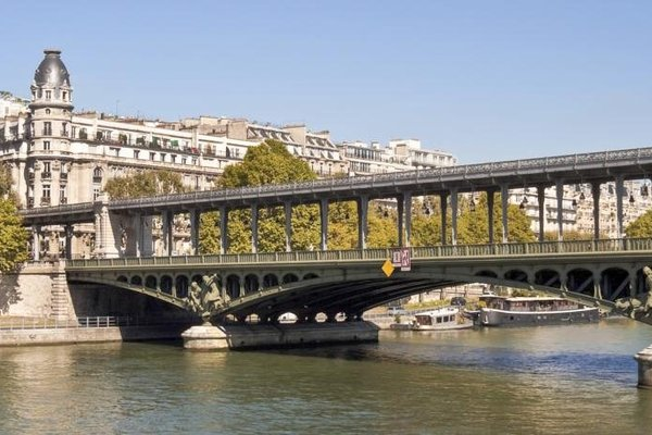 2 rooms - next to the Eiffel tower - Trocadero - 60