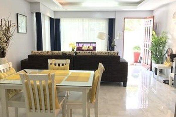 Honeymoon Suite Anavada Apartment - фото 12