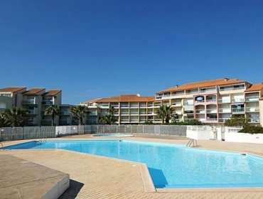 Apartments Rental Apartment Les Goelettes - Saint-Cyprien, 2 Bedrooms, 5 Persons