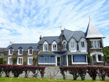 Апартаменты Rental Apartment Le Petit Robinson - Dinard, 2 bedrooms, 6 persons