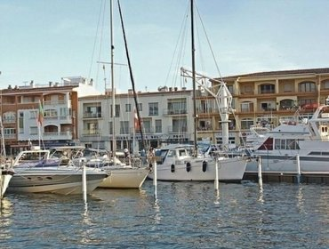 Апартаменты Rental Apartment del Port 01 - Empuriabrava, 2 bedrooms, 6 persons