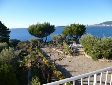 Апартаменты Rental Villa Villa Boyer - La Ciotat, 4 bedrooms, 8 persons