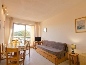Апартаменты Rental Apartment Les rives de la Faviere - Bormes-les-Mimosas, 1 Bedroom, 6 Persons