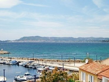Апартаменты Rental Villa La Corniche - Saint-Cyr-sur-mer- La Madrague, 2 bedrooms, 4 persons
