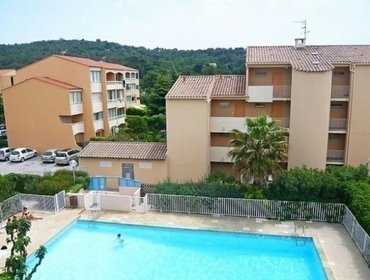 Апартаменты Rental Apartment Les Estivales - Sanary-sur-Mer, studio flat, 3 persons