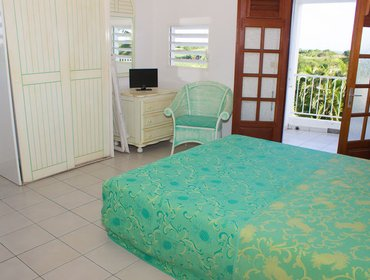 Апартаменты Dreamy studio apartment with sea views, on the French Caribbean island of Guadeloupe
