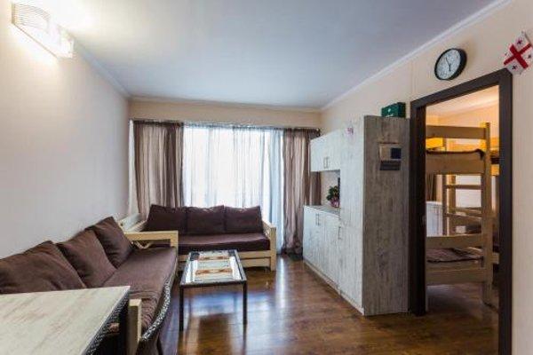 Apartment In Mgzavrebi Compleks - фото 22