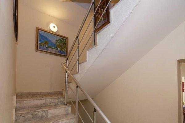 Peshev Family Hotel Nesebar - фото 11