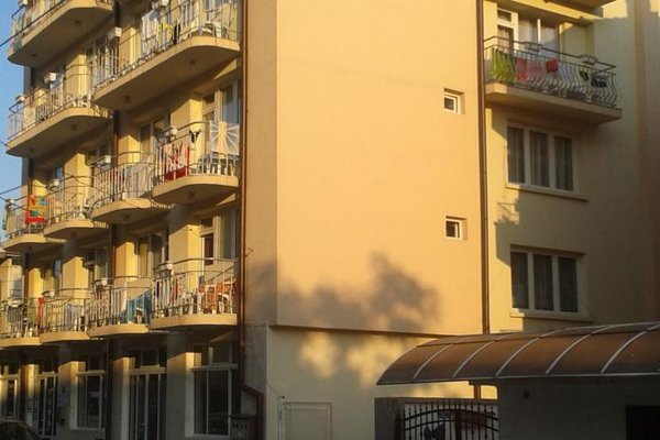 Peshev Family Hotel Nesebar - фото 22