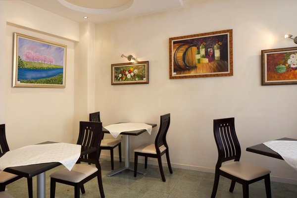 Peshev Family Hotel Nesebar - фото 4