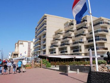 Apartments Holiday home Zeearend Boulevard