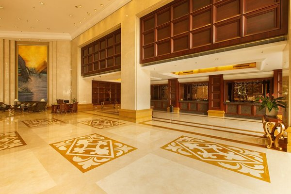 Grand Royal Hotel - фото 14