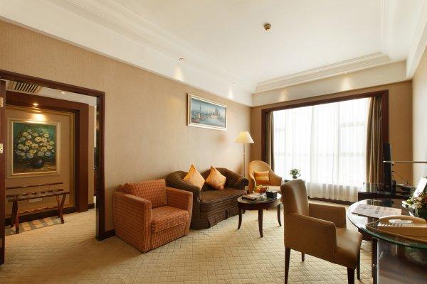 Grand Royal Hotel - фото 4